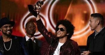 Bruno Mars vincitore di ben 6 statuette ai Grammy 2018