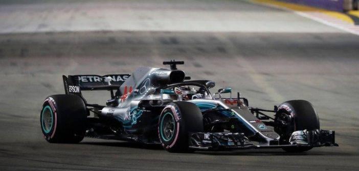 Motorland Lewis Hamilton su mercedes Singapore GP