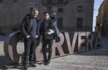 Spalla nuova per Marquez: lo spagnolo insieme a Doohan post intervento