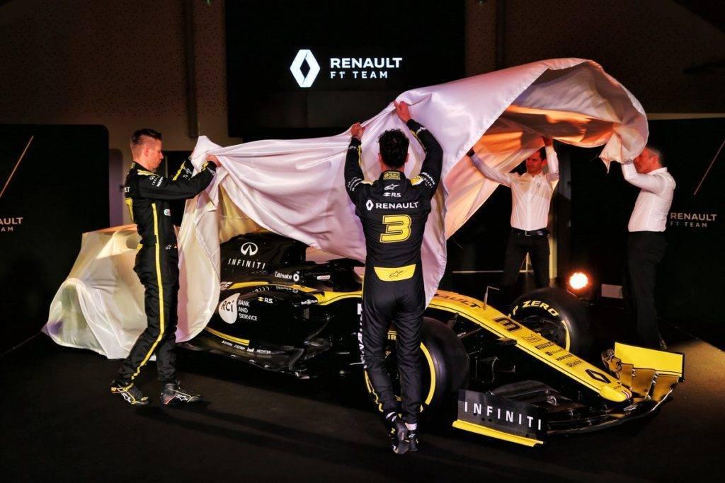 Presentazione Renault RS 19