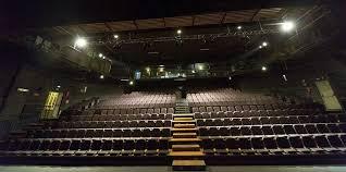Le gradinate con i sedili del Teatro Vascello