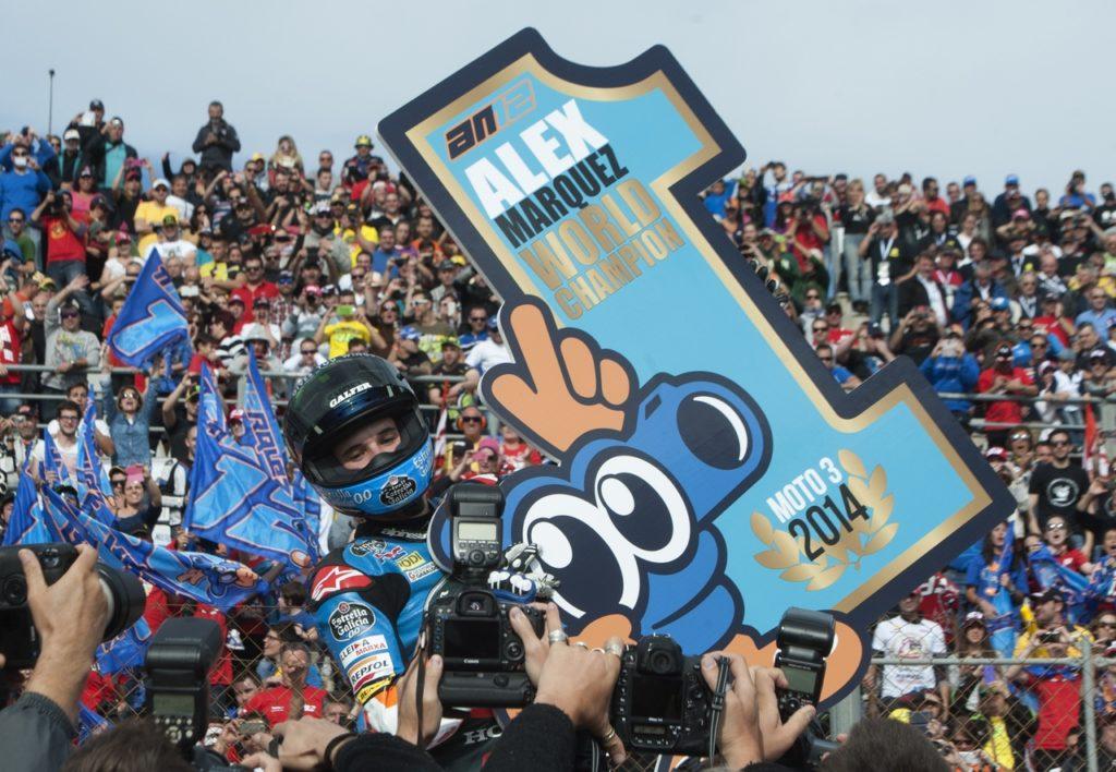 Festeggiamenti per la vittoria di Alex Marquez in Moto 3 nel 2014