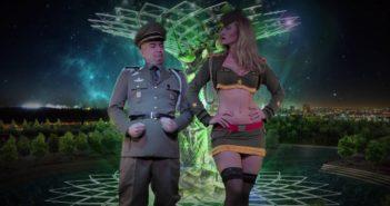 Stella Manente, Hitler e la banalità di Instagram