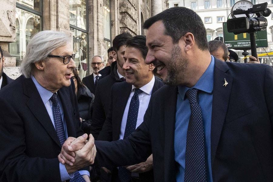 """""""Vittorio Sgarbi con Matteo Salvini e Conte"""""""