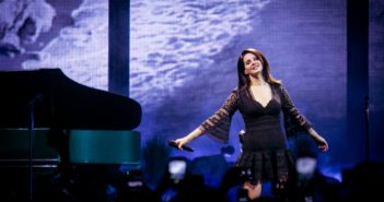 Lana del Rey in concerto - Photo Credit: Phoenix New Times