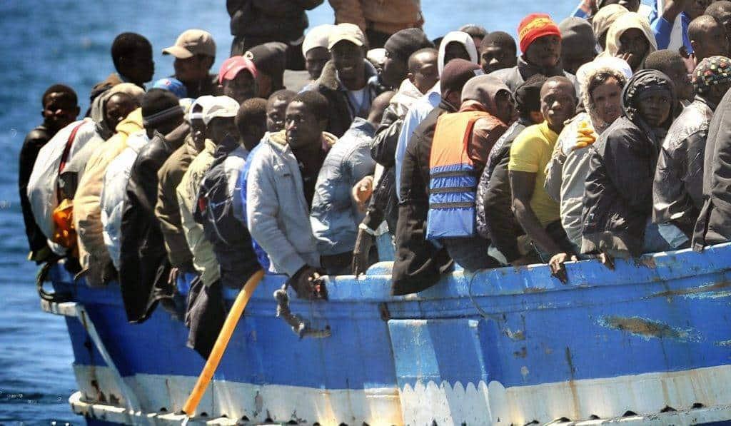 Dagli inizi di settembre sono più di 570 i migranti sbarcati sull'isola siciliana e i sistemi di accoglienza sono al collasso - Photo Credit: ilgiornale.it