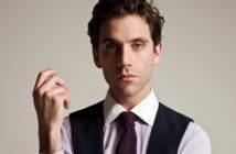 Mika torna con una canzone dedicata a Sanremo.