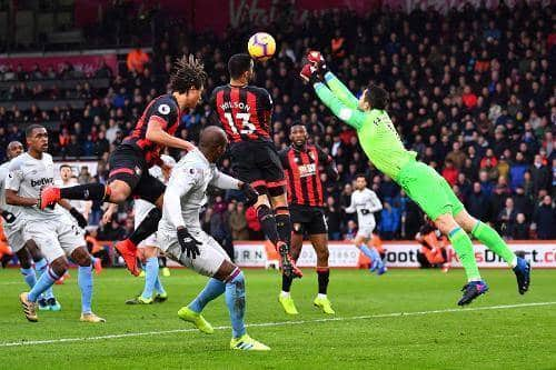 Il colpo di testa di Wilson per il momentaneo vantaggio del Bournemouth
