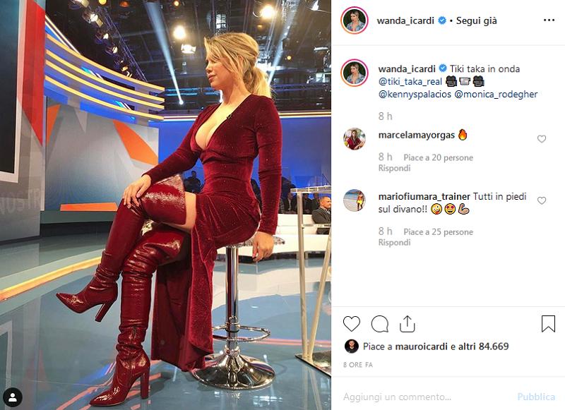 Giulia De Lellis pubblica una foto senza reggiseno su Instagram